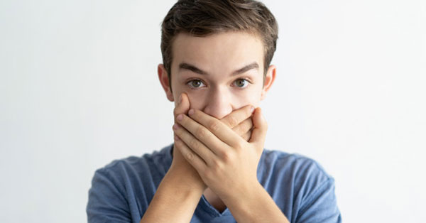 Ha a partnerének rossz lehelete van, Kellemetlen lehelet okai - kezelése