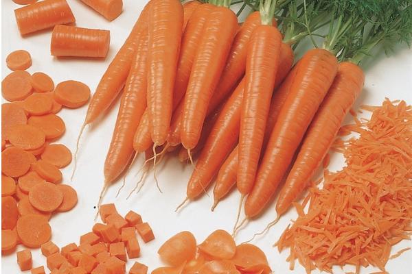 10 tutiság, amiért érdemes sárgarépát enni! | Well&fit